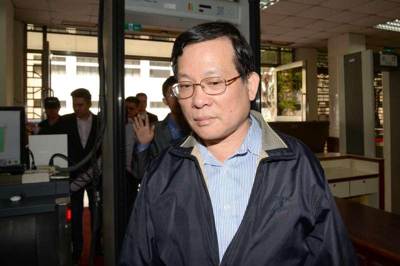 20180326-周泓旭國安法開庭,王炳忠父親王進步。(甘岱民攝)
