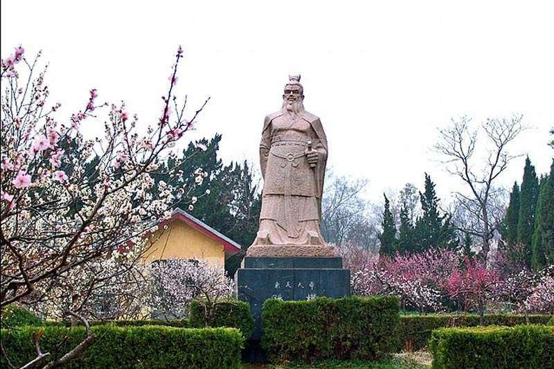 孫權雕像(取自網路)