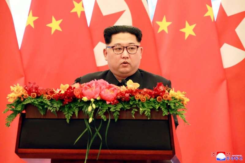 金正恩在北京發表談話。(美聯社)