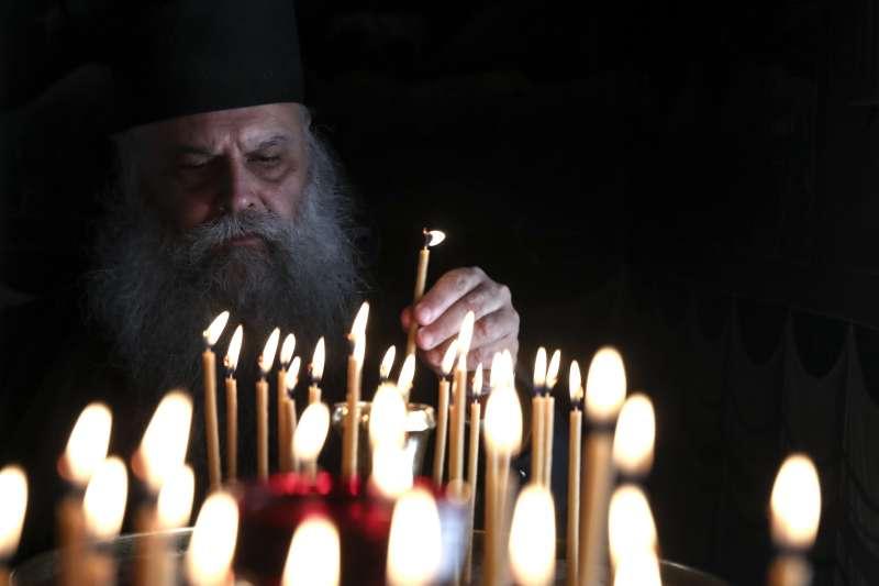 根據儒略曆(Julian calendar),世界各地的東正教徒於8日才開始慶祝復活節。(美聯社)