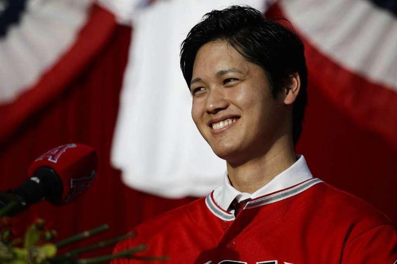 大谷翔平在美國大聯盟掀起一陣旋風,但夢幻棒球玩家卻不認為大谷在遊戲中擁有高價值。(美聯社)