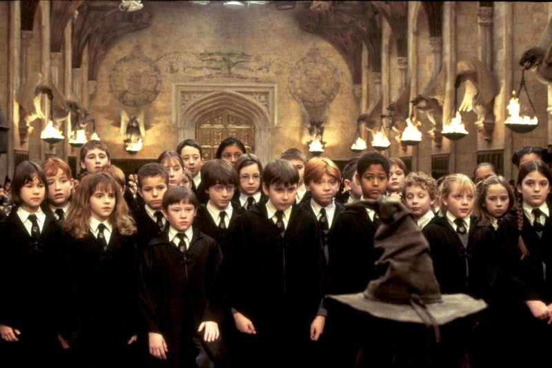 你知道哈利波特、魔戒、樂來樂愛你等賣座電影在哪裡拍攝的嗎?(圖/imbd官網)