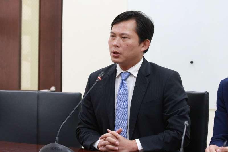 20180417-時代力量召開記者會,立法委員黃國昌發言。(陳韡誌攝)