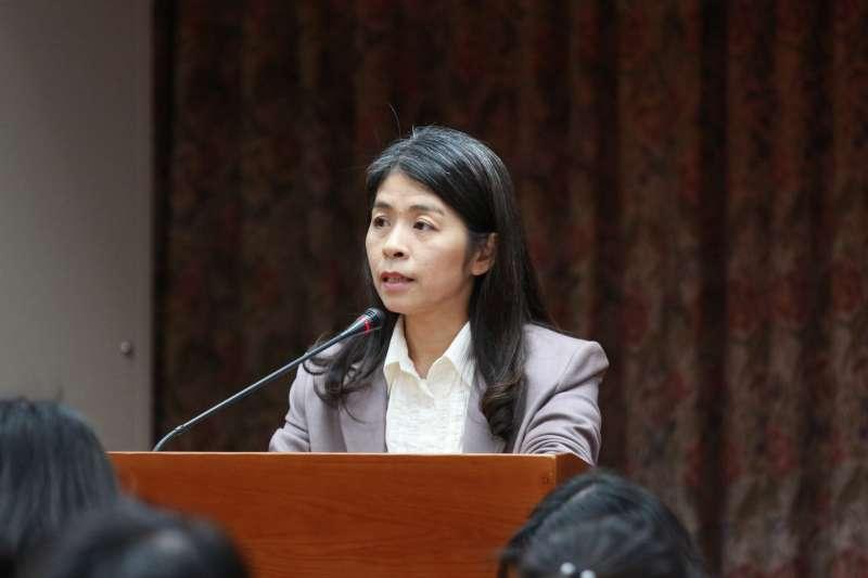 20180418-立法院舉辦幼托服務選項多元化公聽會,教育部國民及學前教育署副署長許麗娟發言。(陳韡誌攝)