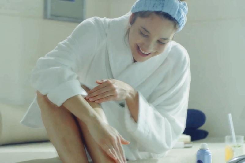 每晚不只要刷牙,還要養成「刷腳底」習慣!腦科學評論家透露「刷腳底」3大好處