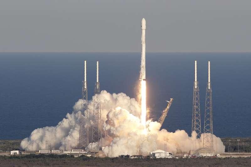 2018年4月18日,美國航太總署(NASA)太陽系外行星探測器「黛絲」(TESS)升空(AP)