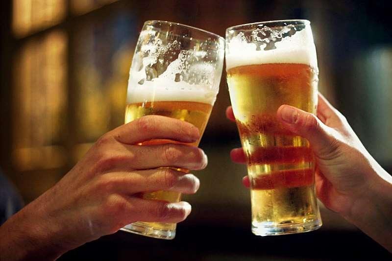 精釀啤酒千百種,相對應的知識非常多,掌握一些簡單的概念,讓你在酒吧成為眾人注目的焦點吧!(圖/U3144362@wikimedia commons)