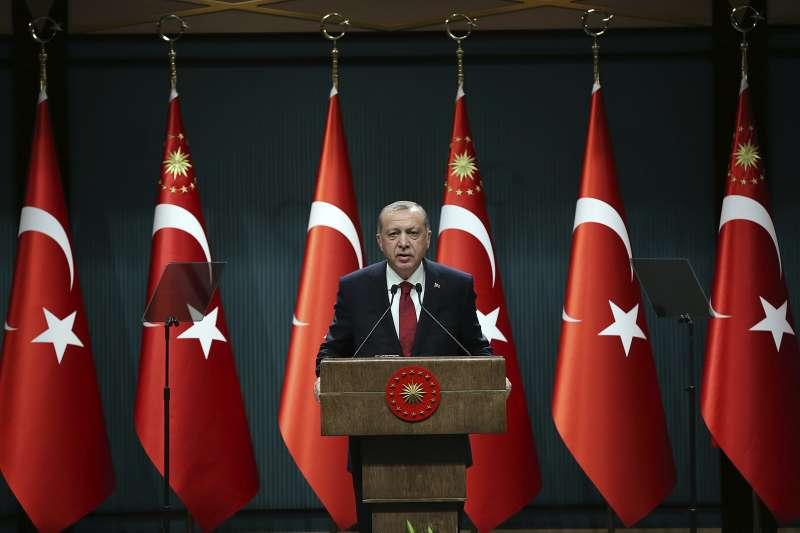 土耳其總統艾爾多安18日宣布提前在6月舉行總統大選暨國會大選(美聯社)