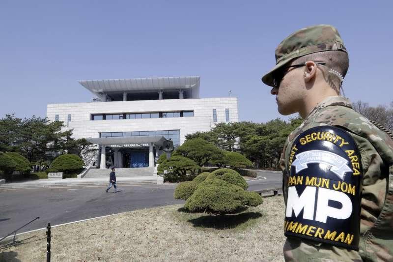 南韓總統文在寅與北韓國務委員會委員長金正恩,27日將在兩韓交界非軍事區(DMZ)板門店「和平之家」舉行峰會(AP)