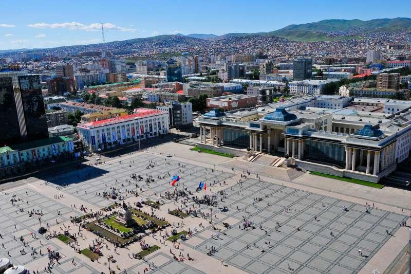 《顛覆世界史的蒙古》的作者指出,歐洲主導世界,是18世紀才開始,在13世紀時,蒙古帝國,已經橫跨歐亞,而且版圖比任何一個殖民帝國為大。(Zazaa Mongolia@Wikipedia / CC BY-SA 4.0)