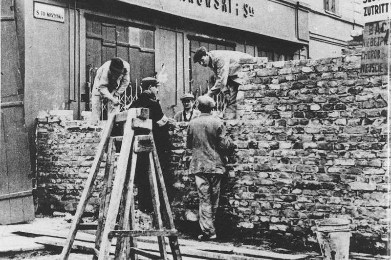 波蘭華沙猶太區的城牆。(Wikipedia / Public Domain)