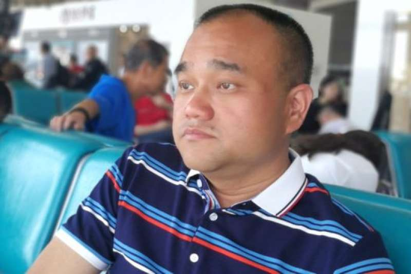 交保候審走出看守所後,譚秦東說自己一度被嚇得快要小便失禁。此事再次引發了對濫用警權的爭議。(BBC中文網)