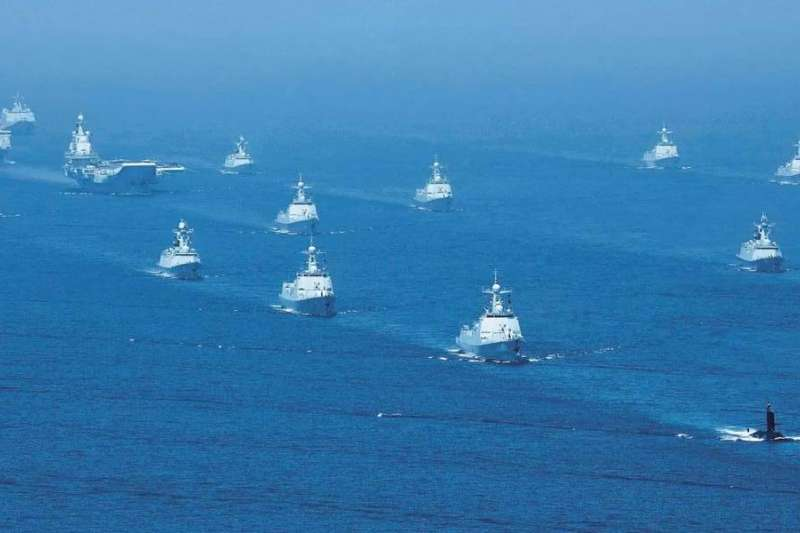 中國海軍4月中旬在南海舉行閱兵。