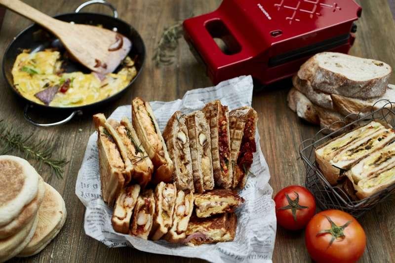 如何做出好吃的三明治?好口感麵包、好濃郁醬料、好新鮮食材缺一不可!(圖/時報出版提供)
