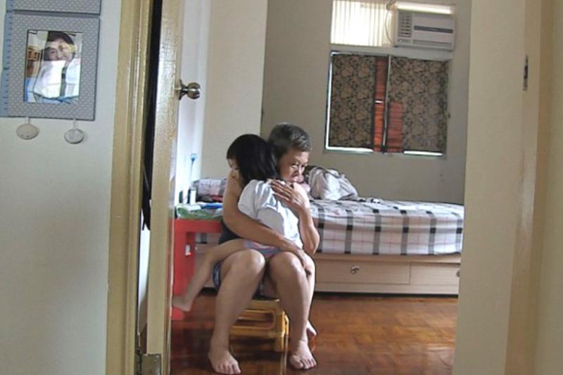 內在受傷的孩子,需要藉由母親招魂引領。日常對話一幕。