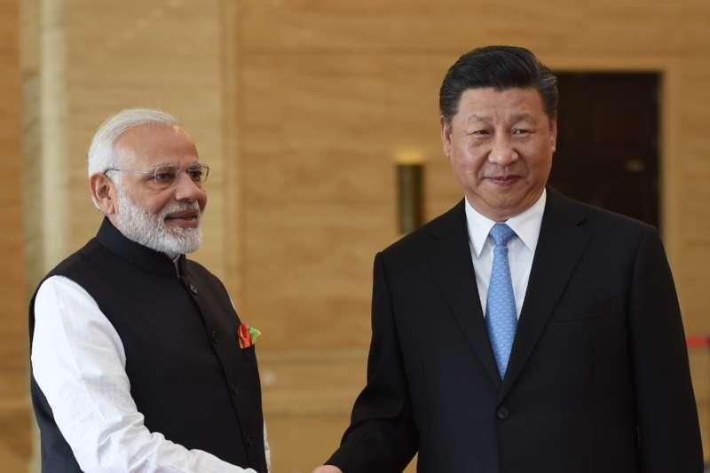 2018年4月27日,印度總理莫迪訪問中國武漢,與習近平舉行非正式會晤。(AP)