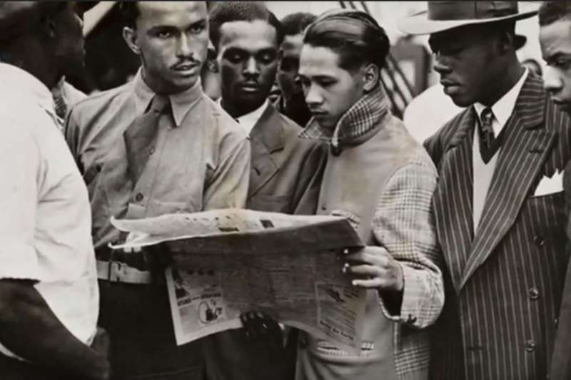 1948年,乘著疾風號協助英國重建的非裔移民。(截圖自YouTube)