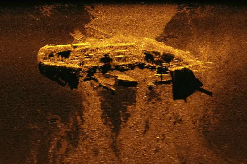 搜救團隊尋找馬航MH370班機時,意外尋獲19世紀沉船。(AP)