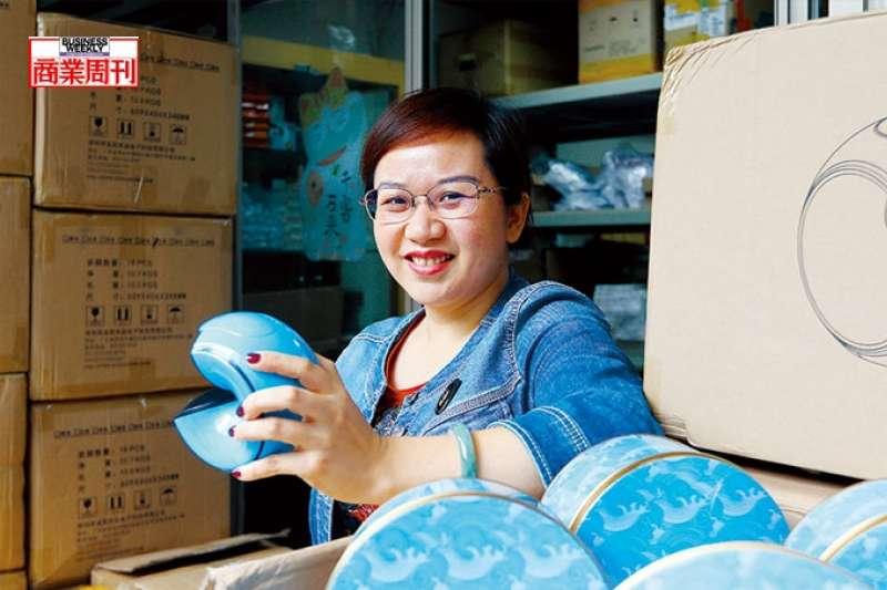 小海螺來自中國深圳,由尹紅生、黃釗英夫妻檔,2015年創辦金冠傳奇公司所製造。(商業周刊楊文財攝影)