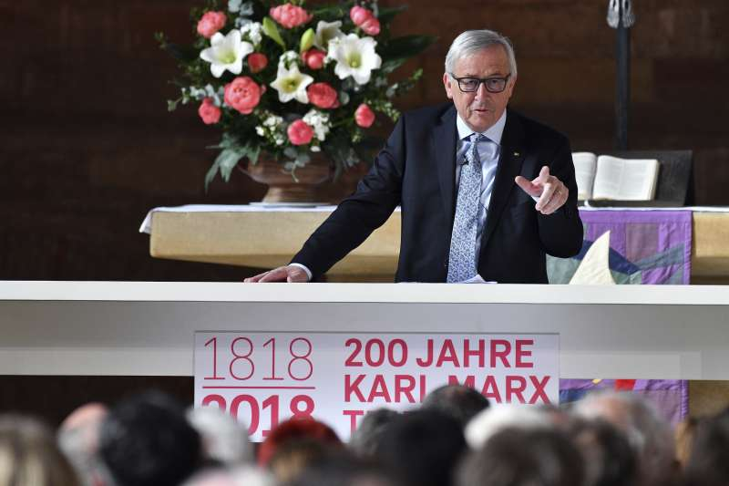 2018年,馬克思(Karl Marx)200年誕辰,歐盟執委會主席容克在馬克思家鄉特里爾(Trier)的紀念活動上致詞(AP)