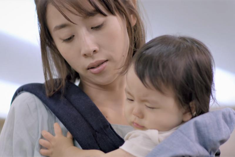 為何台灣女性當了媽媽之後,只能蓬頭垢面的過生活?先檢討身邊那些豬隊友吧!(示意圖,非當事人/取自youtube)