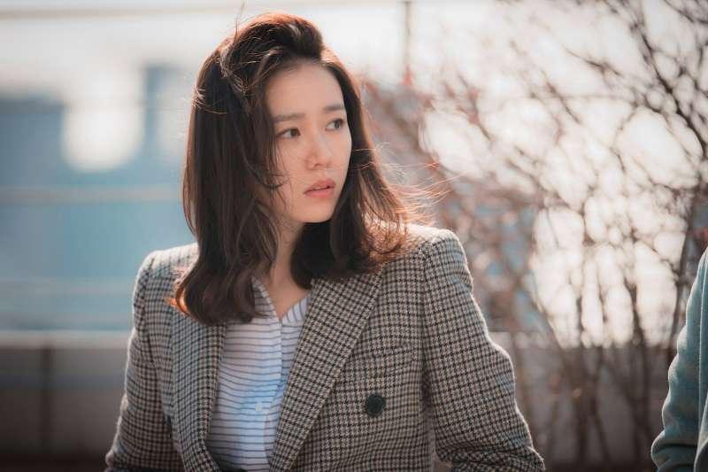 若在人際關係中,拼命當好人只會被賤踏,懂得拒絕別人才會贏得尊重。(圖/JTBC Drama@facebook)