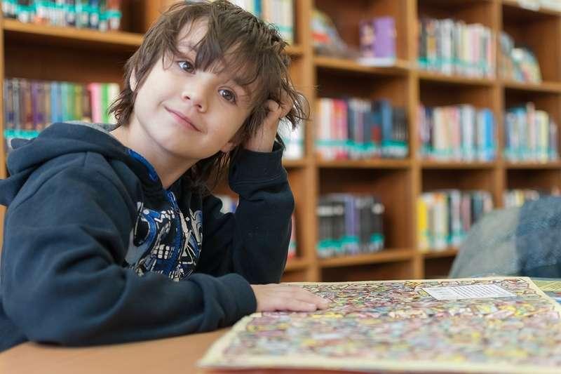 如何從小培養,讓孩子愛上學習這件事呢?(圖/pixabay)