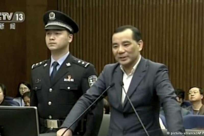 吳小暉開初拒絕認罪,但在3月28日庭審最後陳述時,哭訴自己深刻懺悔並認罪悔罪,請求法院從輕處罰。(德國之聲)