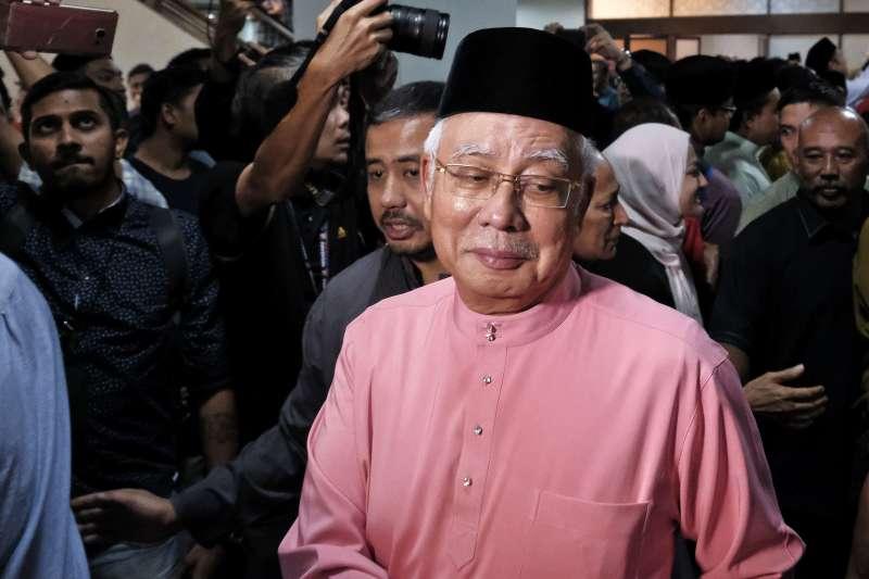 5月11日馬來西亞前總理納吉出席「馬來民族統一機構」(巫統)72周年活動。(AP)