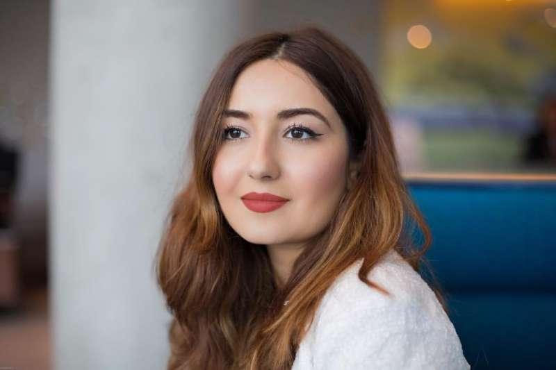 艾琳·吉拉尼放棄攻讀法律研究所,在看見市場上缺少專攻學生禮賓服務的空缺後,決定投身創業。(圖/The Luxury Student Facebook)