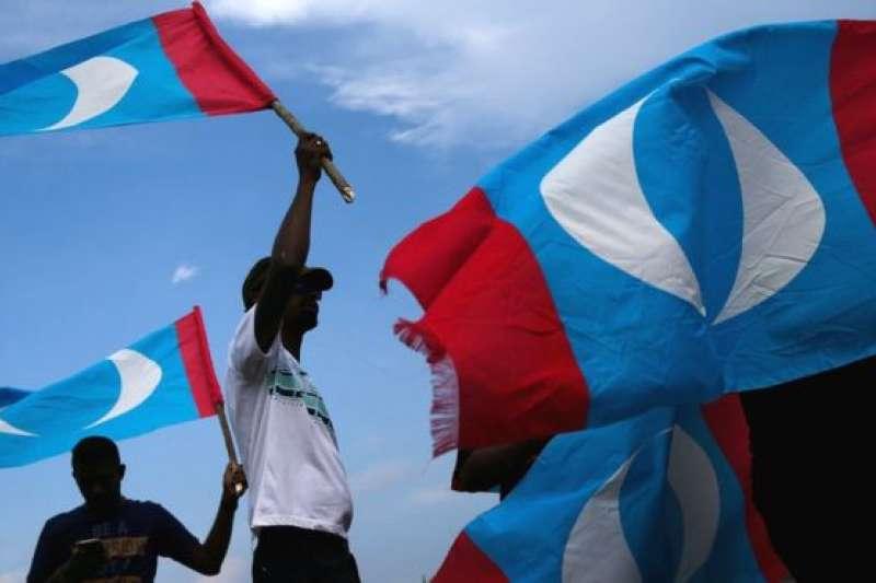 經濟問題被認為是讓馬來西亞選民求變心切,選擇希盟的重要因素。(BBC中文網)