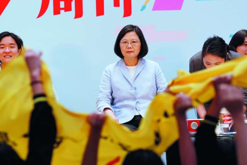 年輕選民對蔡英文的滿意度下滑,威脅到蔡2020年連任。(郭晉瑋攝)