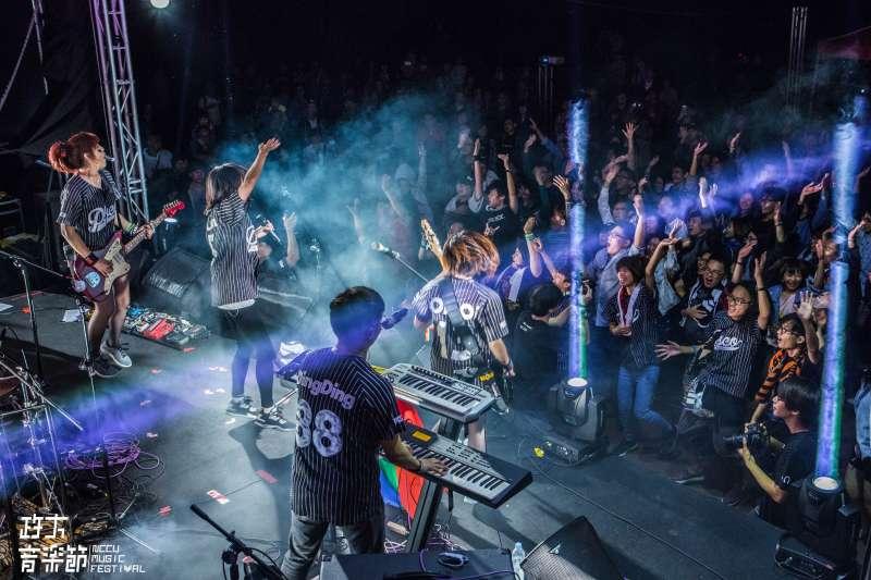 第3屆政大音樂節「距離世代」將於5月26日在政大校園展開。(政大音樂節提供)