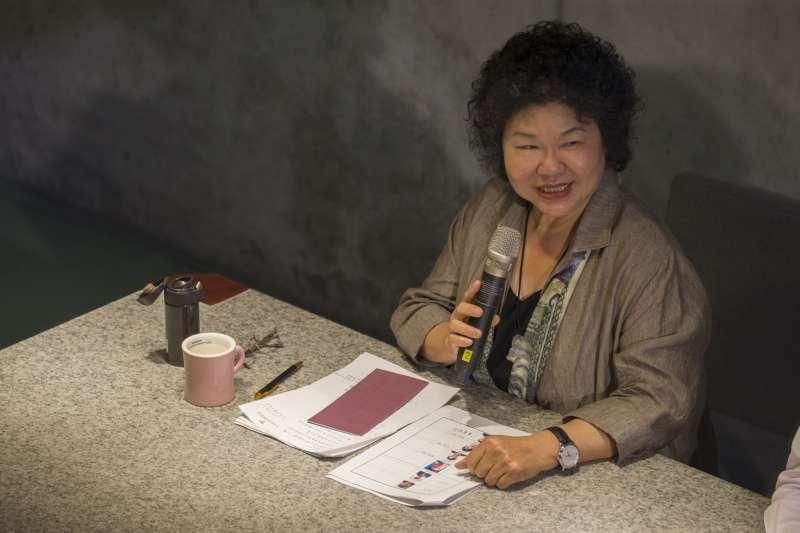 陳菊晚間和媒體茶敘說,北市長選舉人選,尊重民進黨選對會評估。(總統府提供)
