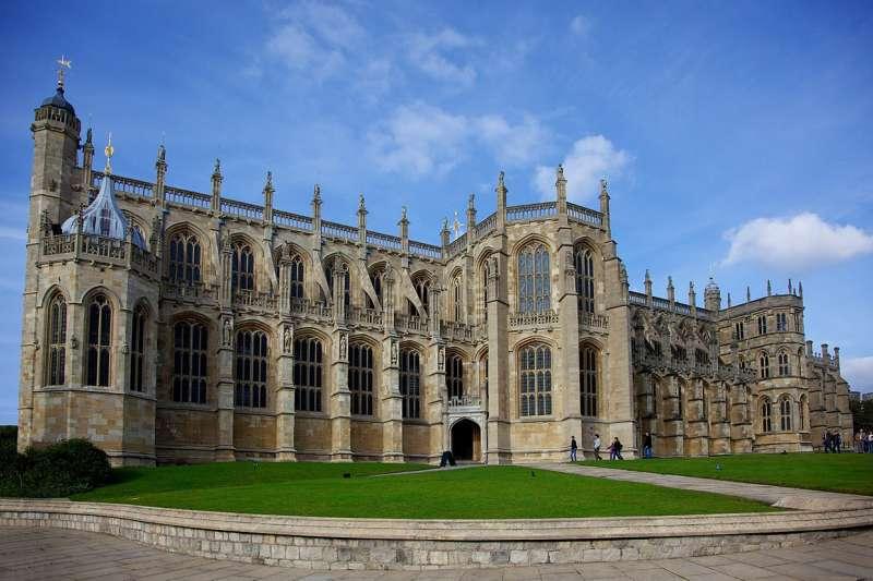 見證英國王室生老病死的聖喬治禮拜堂,哈利王子與梅根即將在此舉行婚禮。(Aurelien Guichard @ Wikipedia / CC BY-SA 2.0)