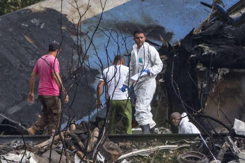 2018年5月18日,古巴航空公司一架波音737客機18日在首都哈瓦那的荷塞.馬蒂國際機場起飛之後不久墜毀,造成慘重傷亡(AP)