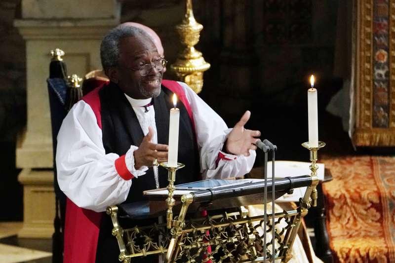 美國聖公非裔主席主教孔茂功在哈利王子與梅根的婚禮上講道(美聯社)