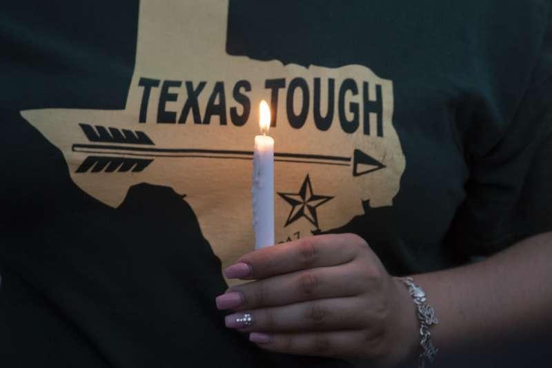 德州校園槍擊案:17歲凶嫌帕古爾齊斯奪走10條人命(AP)