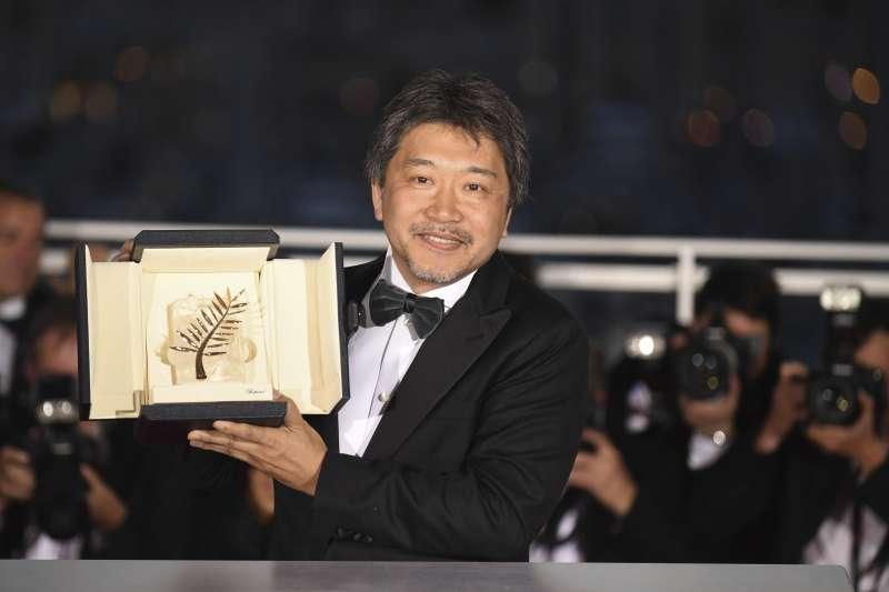 日本名導是枝裕和獲得71屆坎城影展金棕櫚獎。(美聯社)