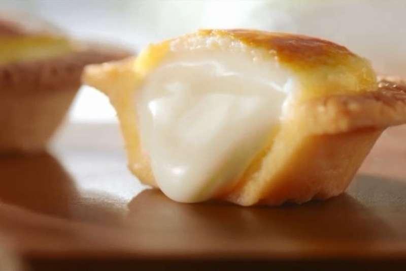 必勝客半熟起司塔的香濃起司爆漿內餡,讓起司控們都尖叫了!