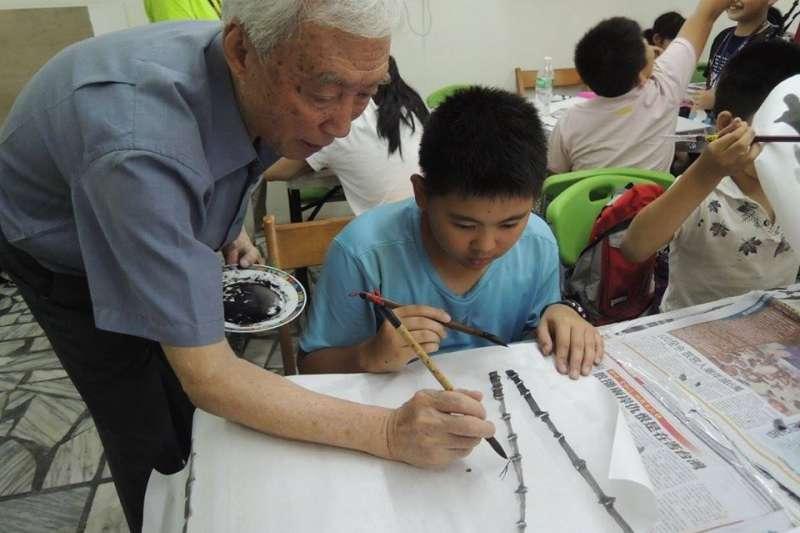家鄉就是最好的教育資源,只要有心,就能點亮孩子放學後的天空 (圖/中國信託慈善基金會官網)