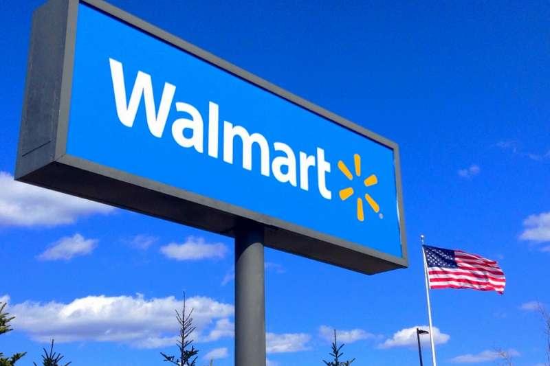 沃爾瑪(Walmart)是全球規模最大的零售商,自1962在美國創立以來,在全球已有超過8000家門市。然而沃爾瑪最近卻踢到了鐵板,突然宣布關閉僅實施四個月的無人收銀系統,到底原因是出在哪呢?(圖/取自flickr)