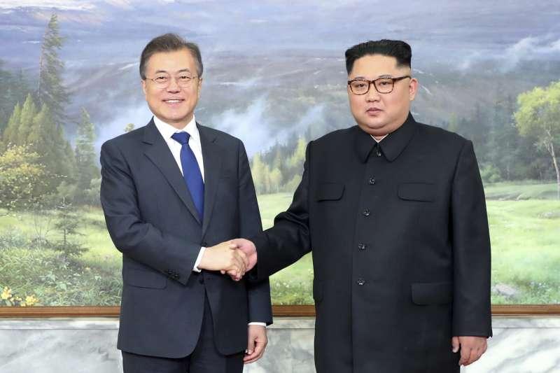 2018年5月26日,北韓領導人金正恩與南韓總統文在寅二度在板門店會面(AP)