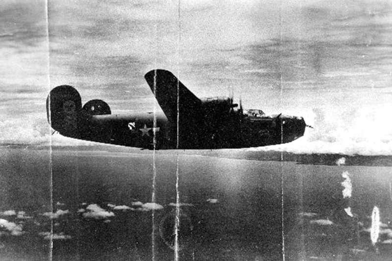 美軍二戰期間失蹤的B-24轟炸機「天堂可待」。(AP)