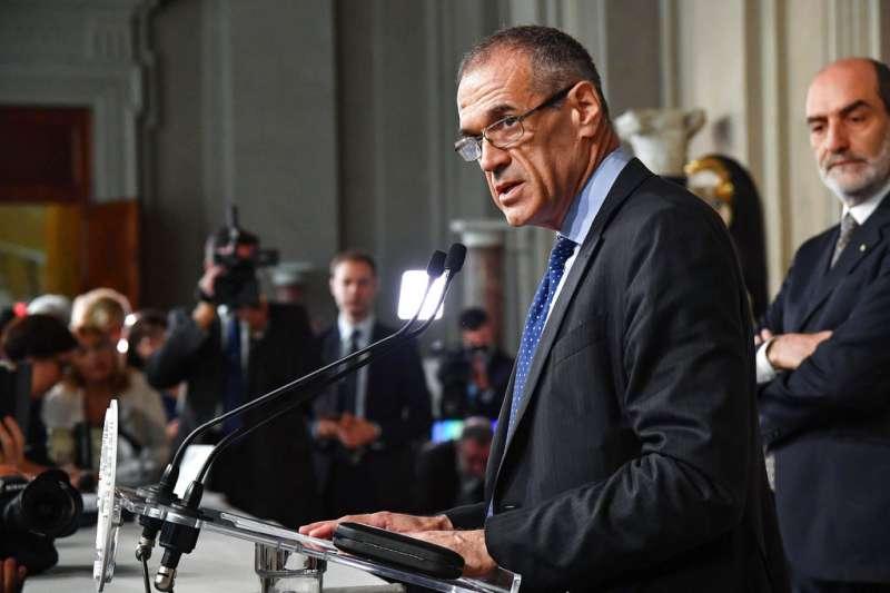 義大利過渡總理柯塔雷利AP