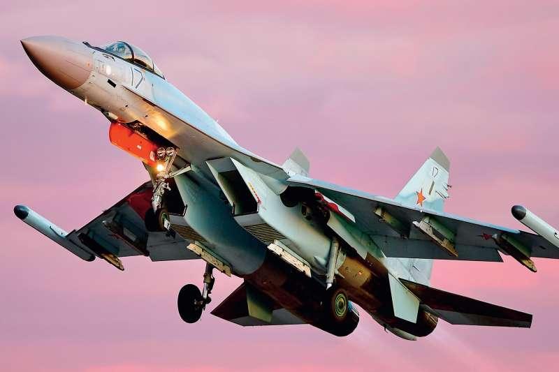 「殲-20出海,對台海雙邊軍事緊張情勢雪上加霜⋯⋯」(多維觀點提供)