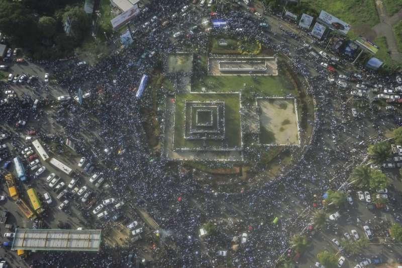 尼加拉瓜抗議現場空拍畫面。AP