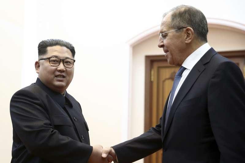 2018年5月31日,北韓最高領導人金正恩在平壤會見俄羅斯外長拉夫羅夫(Sergey Lavrov)(AP)