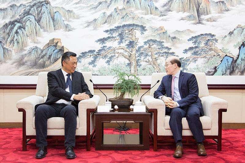 2018年6月1日,中共中央台辦、國務院台辦主任劉結一在京會見了中國國民黨民意代表參訪團一行。(國台辦)