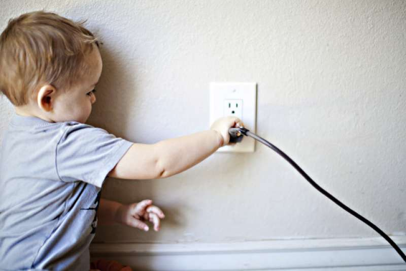 經濟部能源局整理「節電5撇步」供民眾參考,每年可至少省下上千元!。(示意圖/twenty20)